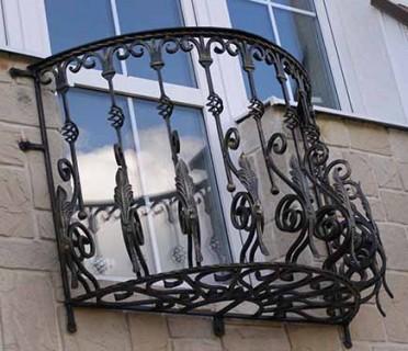 Кованые перила на балкон БК72