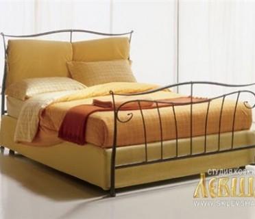Кованая кровать 7408