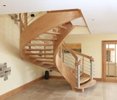 Деревянная лестница ДЛД02