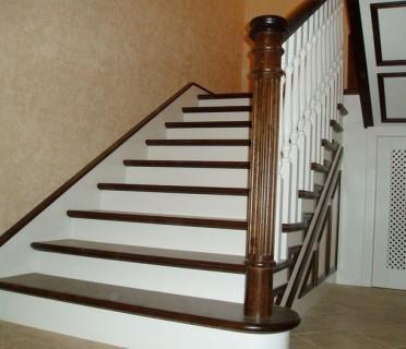 Деревянная лестница ДЛБ06