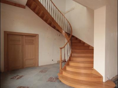 Деревянная лестница ДЛД11