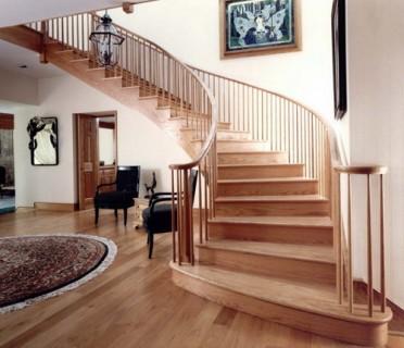 Деревянная лестница ДЛД12