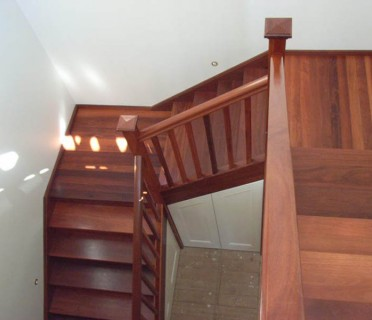 Деревянная лестница ДЛБ11