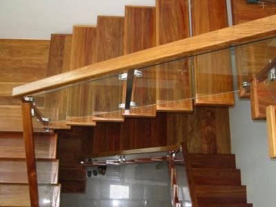 Деревянная лестница ДЛМ05