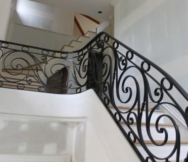 Кованые перила лестничные ПЕРК87