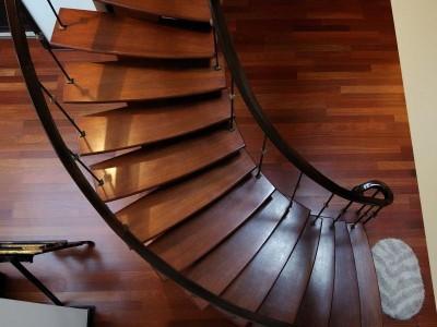 Деревянная лестница ДЛМ06