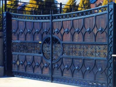 Ворота кованые ВКД09